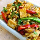 Thai Peanut Chicken Lo Mein - This Thai-inspired dish mixes noodles with bean sprouts and mushrooms in a lightly sweetened peanut sauce.