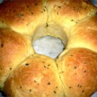 Garlic Bubble Ring - This pull-apart garlic bread is easy and tastes great!!