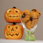 Chocolate Chip Pumpkin Cookies - Delicious and spicy pumpkin cookie with chocolate chips. The walnuts are optional.