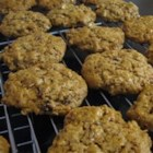 Amish Oatmeal Cookies - Peanut raisin cookies.