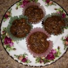 Easy Pecan Pie Cupcakes - Enjoy all the flavor of a pecan pie in delicious cupcake form with this quick and easy recipe.