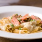 Creamy Smoked Salmon Pasta - This is a lighter version of pasta carbonara. For people who want the flavor but not the bacon, smoked salmon is the perfect substitute!