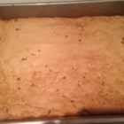 Easy Peanut Butter Bars - Crowd-pleasing peanut butter bars are ready in less than an hour and will disappear from the table in minutes.