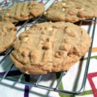 Doubly Delicious Peanut Butter Cookies - Chewy and crunchy at the same time, these are the ultimate in peanut butter goodness.