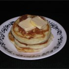 Easy Pancakes - These quick and easy pancakes are perfect for sleepy mornings.