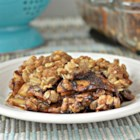 Oatmeal Apple Crisp To Die For! - This oatmeal apple crisp with plenty of cinnamon is a to-die-for recipe that is also quick and easy to prepare.
