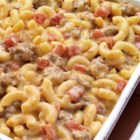 Cheeseburger Macaroni from RED GOLD(R) - Even the pickiest of eaters will love this cheesy-beefy dish. Quick and nutritious; recipes just don't get much better than this! Perfect after a long day, it only takes 25 minutes to have dinner on the table.