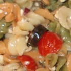 Easy Pasta Salad - A quick and easy penne pasta salad with broccoli, red bell pepper and marinated artichoke hearts.