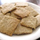 Low-Carb Almond Garlic Crackers - These homemade gluten-free crackers are made with almond meal, flax seed meal, and garlic powder and are great on their own or with toppings.