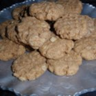 Peanut Butter and Amaranth Cookies - This recipe for chewy peanut butter cookies has a crunchy texture with the goodness of amaranth cereal in every bite.