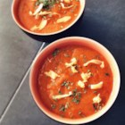 Vegan Carrot Soup - Delicious carrot soup with a hint of curry!