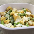 Tortellini-Asparagus Salad - Tortellini-Asparagus Salad makes for the perfect side dish – or even the main course! Serve chilled for a refreshing dish or warm.