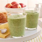 Apple and Kale Smoothie - Instead of refueling with a sugary sports drink, try this energizing combination of protein-rich cottage cheese, wholesome kale and applesauce.