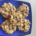 Vegan Chocolate Chip, Oatmeal, and Nut Cookies - This recipe delivers vegan-friendly peanut butter and oatmeal cookies with chocolate chips and walnuts.