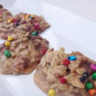 No-Bake Peanut Butter Oatmeal Cookies - These no-bake peanut butter oatmeal cookies are simple to prepare and use 6 ingredients you probably have on hand.