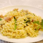 Garlic Chicken with Orzo Noodles - This is a simple recipe with a spicy kick for garlic lovers. It is my combination of a much loved linguine and clam sauce dish and a recent introduction to orzo pasta.