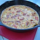 Baked Omelet Pie - A baked omelet (fritatta) with potato, onion, bell pepper, mushroom, tomato and ham.