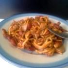 Chili-ghetti - Chili-mac doesn't have to be limited to macaroni when perusing your pasta options. This recipe uses spaghetti to deliver unto the world: chili-ghetti!