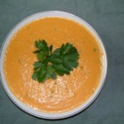 Carrot Ginger Creme - A delicious carrot-ginger soup with vegetable broth and cream.