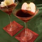 Red Apple Martini - My favorite local bar shared this recipe with me. Tastes just like a Washington red apple!