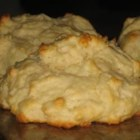 Easy Baking Powder Drop Biscuits - Stir up a batch of these easy biscuits while you're making the sausage gravy.