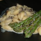 Pasta Shells with Portobello Mushrooms and Asparagus in Boursin Sauce - From my friend Tasneem - an easy recipe to prepare, resulting in a downright sophisticated dish. Asparagus and pasta are tossed with a cheesy mushroom sauce.
