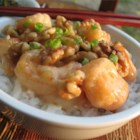 Honey Walnut Shrimp - Hong Kong Style Chinese recipe! Crispy battered shrimp tossed in creamy sauce topped with sugar coated walnuts