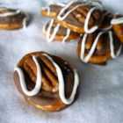 Pretzel Turtles(R) - Quick and easy Turtles(R) candies!  Mini pretzels, caramel covered chocolate candies, and pecans make up this delicious treat.