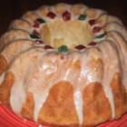 Italian Christmas Bread with Eggnog Glaze - This anise seed- and hazelnut-studded Christmas bread is made in the bread machine.