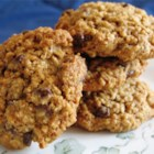 Henry and Maudie's Oatmeal Cookies - Simple oatmeal cookies made with whole wheat flour and brown sugar.