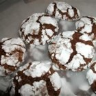 Super Duper Chocolate Cookies - Delicious chocolate cookies with a crackled coating of confectioners' sugar.