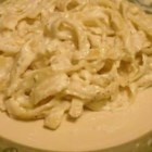 To Die For Fettuccini Alfredo - This rich and creamy classic features hot buttered fettuccini tossed with a sinful sauce of butter, heavy cream and Romano cheese, and seasoned with a grating of fresh nutmeg and a dash of black pepper.