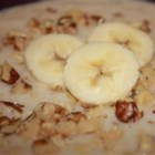 Banana Nut Oatmeal - This oatmeal recipe for the microwave uses quick cooking oats, skim milk, flax seeds, walnuts, honey, and a banana.
