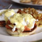 Blender Hollandaise Sauce - This hollandaise sauce recipe has all the ingredients of the classic, but it's made in a blender! Serve it with eggs benedict or even steamed asparagus.