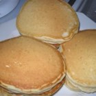 My-Hop Pancakes - These delicious pancakes are said to resemble those from a famous pancake house. The batter rests in the refrigerator for 30 minutes, making the cakes extra fluffy.