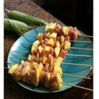 Mango Chicken Kabobs - Marinated chicken is grilled on skewers with pieces of juicy mango. Serve with a mango chutney or plain. Great for summery appetizers. Enjoy!