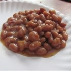 Baked Beans I - Baked beans baked - again - with pork, brown sugar, ketchup and Worcestershire sauce.
