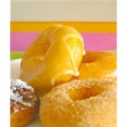 Crispy and Creamy Doughnuts - Treat your family to donuts like the ones from your favorite shop, with ingredients you probably already have in your pantry.
