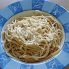 White Wine and Garlic Dream Cream - This alfredo sauce is a delicious combination of shallots, garlic, white wine and cream blended together in a thick mixture. Serve it over fettucine!