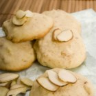 Almond Cookies I - An almond lover's cookie!