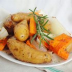 Bilo Walter's Easy Herb Potatoes - Red potatoes grilled or baked with Vidalia onions, and seasoned with rosemary.