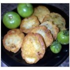 Spicy Fried Green Tomatoes - A quick snack or appetizer during the hot summer months. Old time family recipe. If you like fried zucchini you will like this.