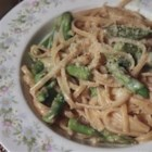 Alfredo Light - Whip up a delightful Alfredo sauce with skim milk, chicken broth and flour in place of heavy cream. Parmesan cheese gives it just the right zing. Add sauteed onions and garlic and lightly cooked broccoli, and you have a terrific dish!