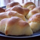Easy Crescent Rolls - I learned to cook and bake under my mother's fantastic guidance. She always treated the family to home-baked bread and I've learned to do the same.