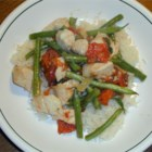 Italian Green Bean Chicken - This is a really flavorful dish featuring simmered chicken and green beans in a simple tomato sauce.