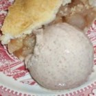 Cinnamon Ice Cream II - A rich custardy ice cream that is loaded with cinnamon. Perfect with peach cobbler, apple pie, or almost any of your favorite cakes.