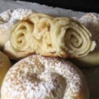 Mallorcan Ensaimadas - These are delicious Spanish breakfast rolls made from yeast dough that is rolled into spiral circles.