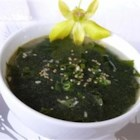 Korean-style Seaweed Soup - This is the recipe of Korean-style seaweed soup. It's a traditional birthday dish in Korea. Also, every women who gives a birth eats this soup because it is believed that seaweed soup helps with breast feeding.