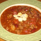 Frank's Spicy Alabama Onion Beer Chili - Spicy beef, onion, and beer chili recipe I picked up while in Alabama. Many people have asked me for the recipe so I'm posting it here. Enjoy! Adjust the amount of jalapenos and other spicy things to suit your taste.