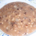 Tutu (Dutch Antilles Bean Porridge) - This sweet and savory porridge made of black eyed peas is eaten for dinner.